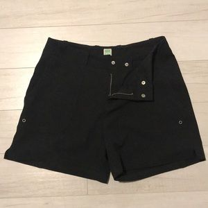 Lucy black shorts (used)